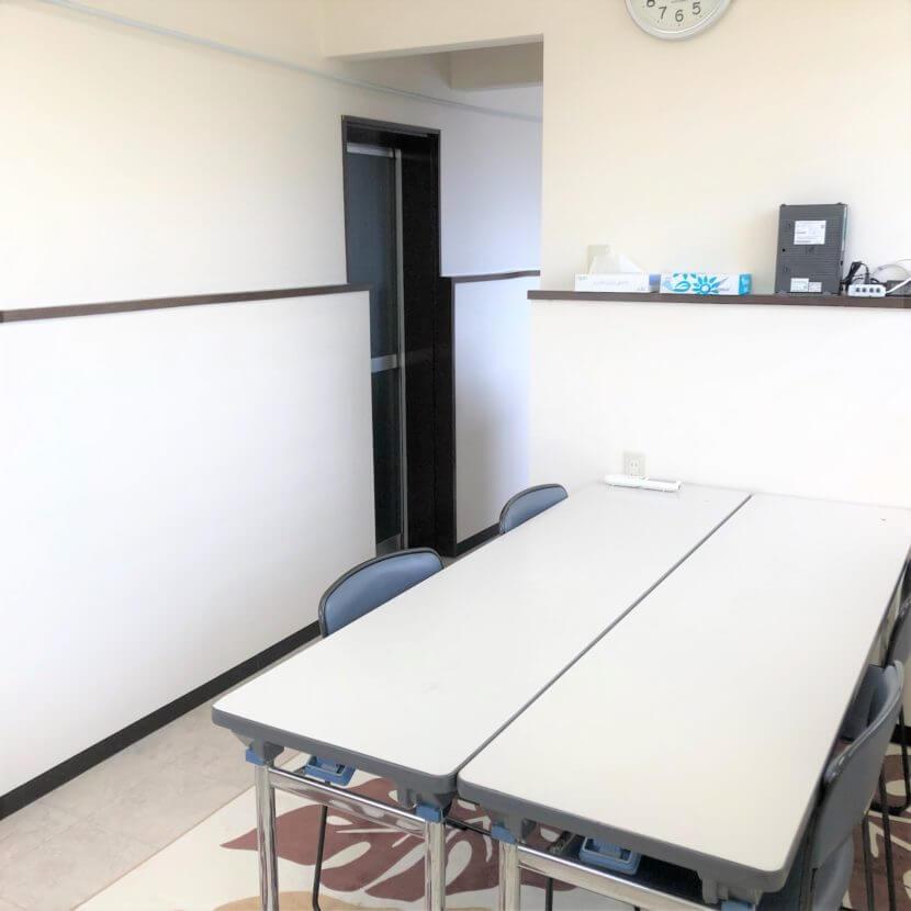 札幌市手稲区にあるペット火葬場の待合室。